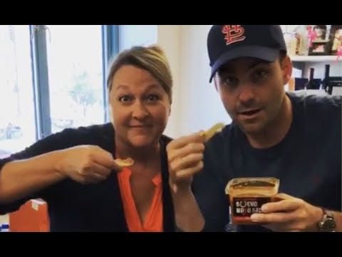 Watch: Courtney & Co Try Carpenter's Bueno Mojo Salsa