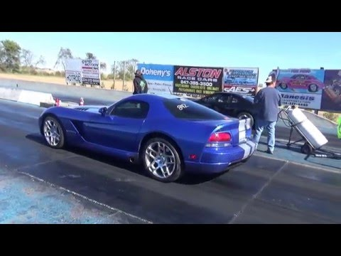 gen 3 stock Dodge viper srt 10  1/4 mile pass