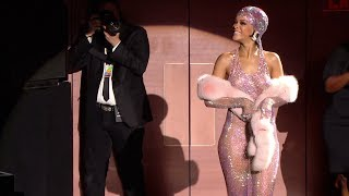 Rihanna, Style Icon Award - 2014 CFDA Fashion Awards