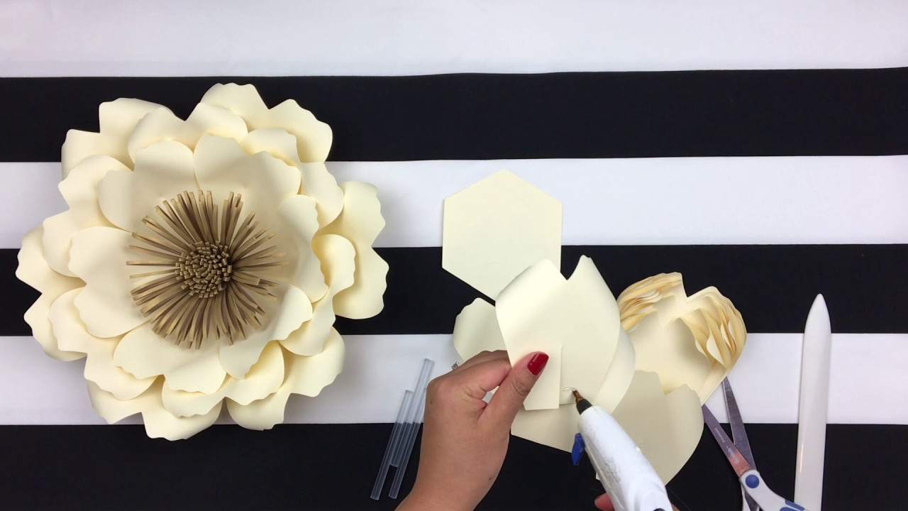 diy paper flower backdrop spring flowers template 14 youtube