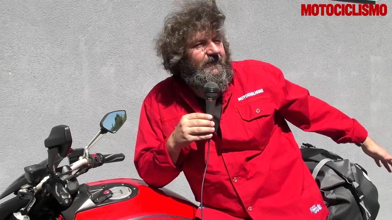 Come Montare Le Borse Morbide Sulla Moto Youtube