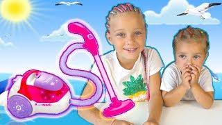 Детский Пылесос - Обзор и Распаковка игрушки для детей. Игровой набор Бытовая Техника