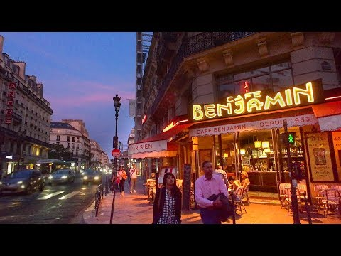 Paris After Dark: What it's like walking the streets as night falls!