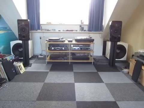 behringer a500 crown xls 2000 treo tsi 15 4 sealed subwoofers youtube. Black Bedroom Furniture Sets. Home Design Ideas