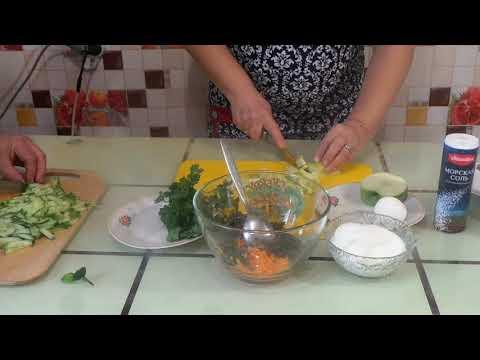 Салат из морской капусты витаминный.