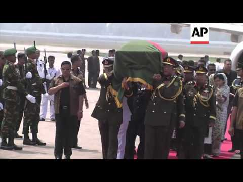 Download President Zillur Rahman's body arrives home after he died in hospital in Singapore aged 84