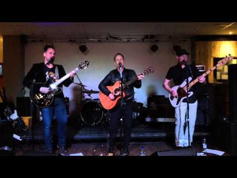 Beecake -The world of things live in Wrexham