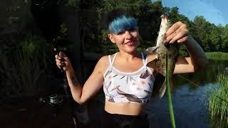 Рыбалка в лесу ФИДЕР НА ТЕЧЕНИИ КЛЮЁТ на РЕКЕ 193