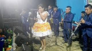 Rosita Jiménez en calpa con sonido láser mix juvencio Eder te nicho