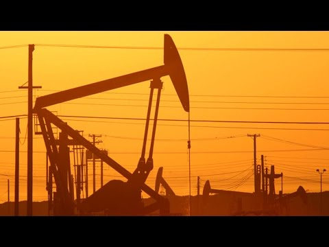 Oil Tumbles as OPEC Opens the Taps on Output Target