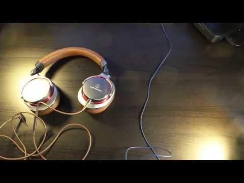 Bose Sound True VS Audio Technica MSR7 GM  ( Comfort Vs Style )