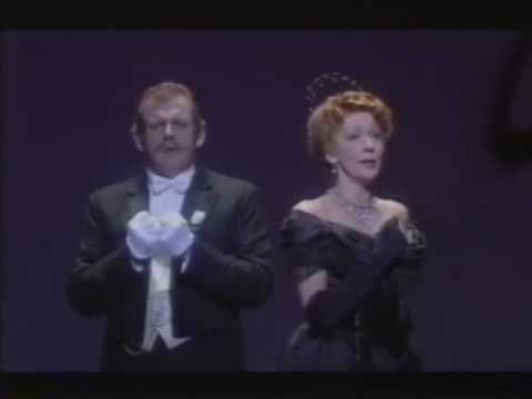 Lott/Allen - The Merry Widow (ROH '97) - Act III - Dialogue - Waltz duet