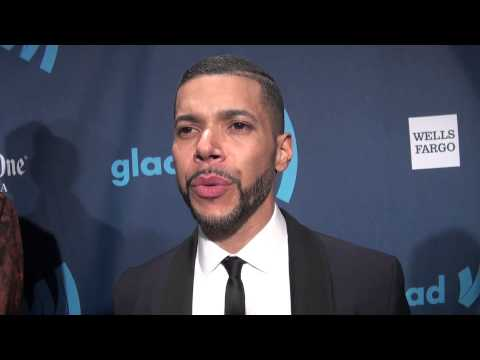 """WILSON CRUZ on Anderson Cooper, Outing & the """"Best"""" Way to Come Out as Gay"""