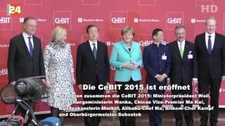 Die CeBIT 2015 ist Eröffnet Gruppenbild mit Dr. Angela Merkel