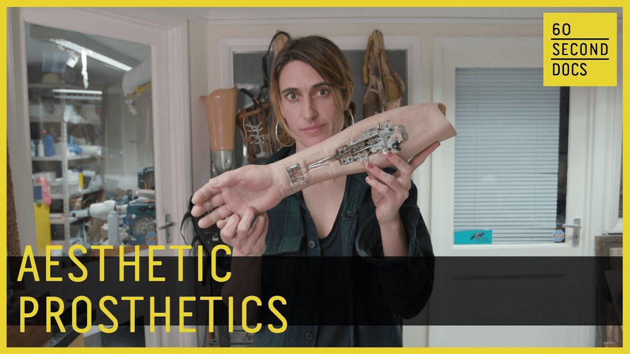 The Woman Sculpting Aesthetic Prosthetics