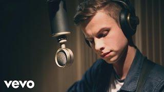 Szymon Chodyniecki - Sam Na Sam (Acoustic Version)