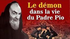 Padre Pio et l'élégant venu se confesser.