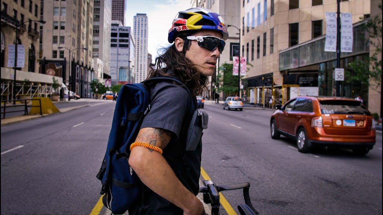 Meet Chicago S Most Hardcore Bike Messenger Youtube