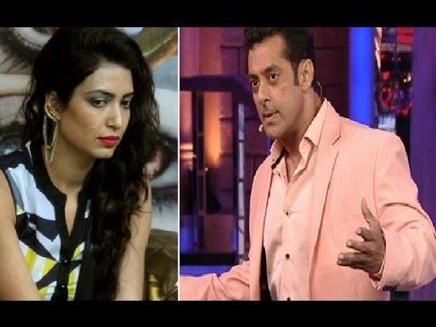Bigg Boss 8 Day 84: Weekend Ka Vaar : Salman Insults Karishma,Storms Out Of Stage