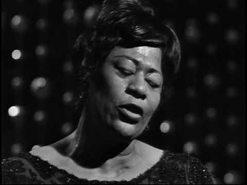 Ella Fitzgerald - Live in Sweden 1963 (Jazz Icons)