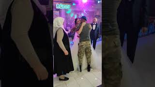 Komando askerimizin ablasina yaptığı düğün sürprizi