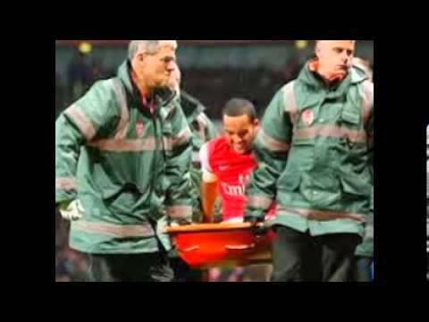 Theo Walcott injured, Injured Walcott out of World Cup