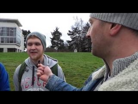 Flat Earth - Taking to the streets , Stirling University