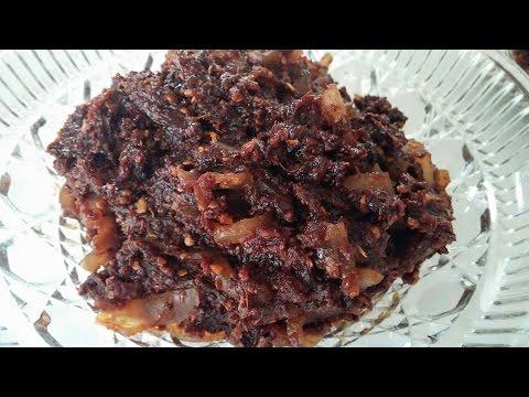 C/w Nana: Lao Chili Paste Sauce (ແຈ່ວບອງ == Jeow Bong)