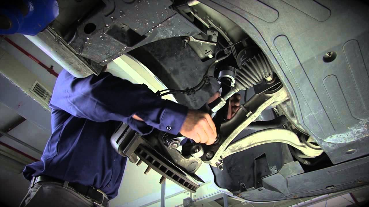 Replacing the Front Air Suspension on the 2004-2010 Jaguar XJ Series on