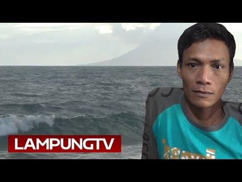 Saksikan Air Laut Kering Disedot Krakatau saat Tsunami