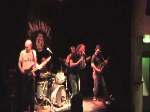 Mr Man - Heart & Hand (Live @ De Boerderij)