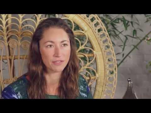 Happinez interviews Tara Stiles