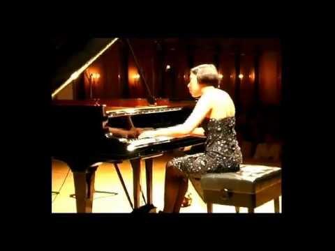 Caroline Fischer - Chopin: Sonata No. 3  in B minor 2. mouvement Scherzo: Molto vivace