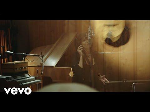 Chrissie Hynde - Stockholm Trailer 01