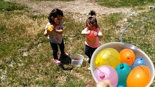 Rengarenk Su Dolu Balonları Patlatıyoruz Acayip Eğlendik | Rainbow Balloons