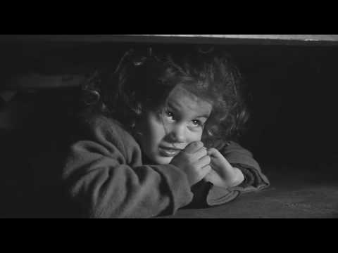 Schindler's List (1993) - Liitle Angel at liquidation of the ghetto (Scene)