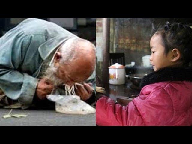 Thấy ông lão ăn mày đói khổ đứa bé liền cho ông bát mì khiến người lớn phải hổ thẹn