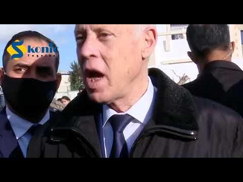 قاء رئيس الجمهورية قيس سعيد مع مجموعة من المواطنين من متساكني المنيهلة بعد احداث الشغب