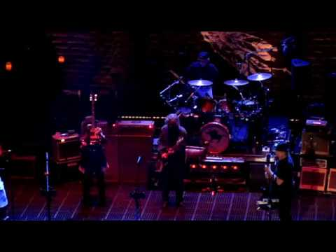 Neil Young & Crazy Horse 2019-02-03 Love And Only Love - Winnipeg Mp3