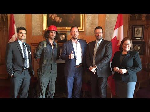 Bernard the Roughneck goes to Ottawa!