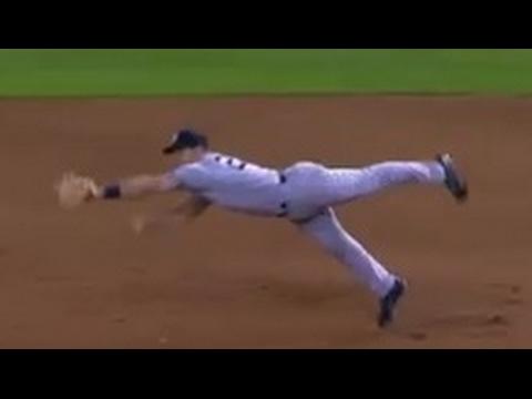 MLB Acrobatic Plays of the Season 2016