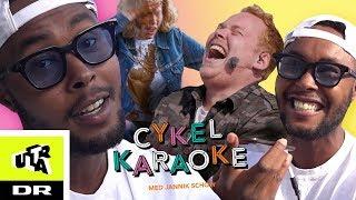 Cykel Karaoke: Skinz pranker Janniks mor | Ultra