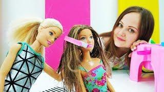 Барби открыла парикмахерскую - Утюжок для волос своими руками