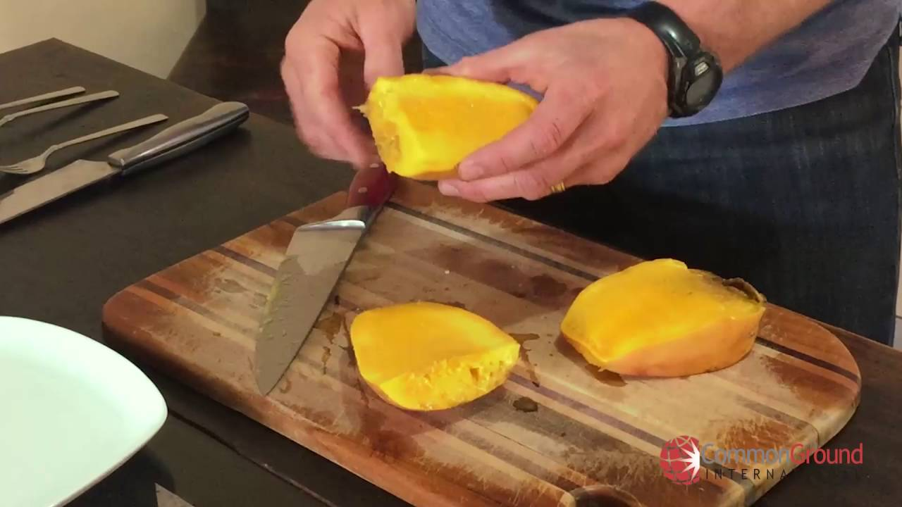 How To Cut A Mango Without Making A Mess