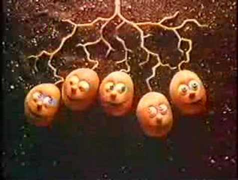Thumbnail: Smiths Crisps (Singing Spuds) - 1980's UK Advert