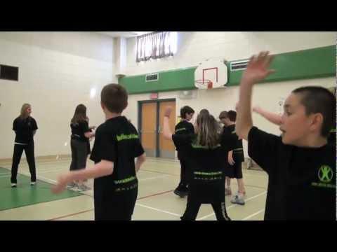Classroom Physical Activity Idea - Five Finger Fling