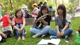 Hát lên nào  - With Guitar, We are a Family