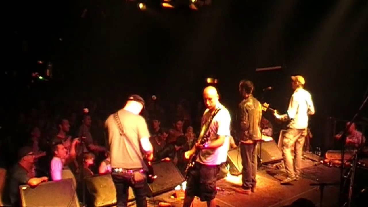 SLEIM - ALPTRAUM (live am 12.08.14 im SO36/Berlin) - YouTube