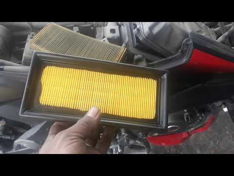 Bajaj pulsar NS200 Airfilter changing Guide - Easy way to save money !