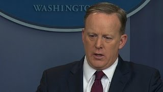 Reporter to Spicer: Why vote?